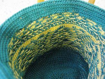 レース糸編み込み1-2_R.JPG