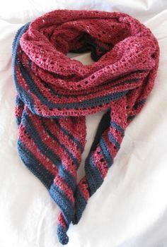 Eva's shawl4-3_R.JPG